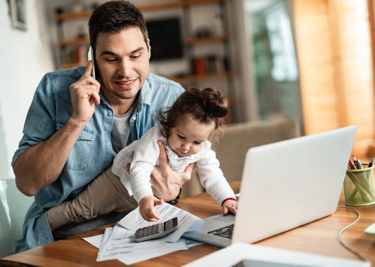 Trabajar con niños en casa